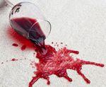 Weinflecken entfernen